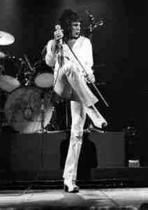 Freddie Mercury - Queen by Ian Dickson